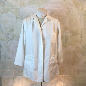 Uniforms to You white lab coat